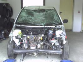 Viele Teile für einen Ford Fiesta 1,4 Tdci Bj. 2007 weiß 3trg.