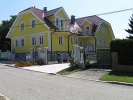 Villa in Fischamend
