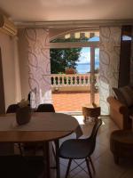 Fewo 3 Villa Lijane mit Pool und Garten bis 8 Personen