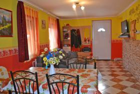 Foto 6 Voll renoviertes Bauernhaus ist 13km vom Südufer des Plattensees in Ungarn zu verkaufen.