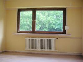 Foto 2 Von Privat sehr schöne 3 Zimmer Erdgeschoss Wohnung