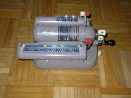 Walther Handkurbel Rechenmaschine