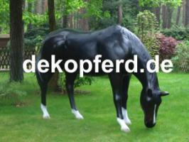 Warum stellst du dir nicht einfach als blickfang ein grasendes deko Pferd in deinen Garten… oder möchtest Du doch einen andere Deko Figur ...