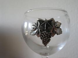 Foto 2 Wein-Set Etain 5-tlg. mit Karaffe: Glas mit Zinn ''Traubenernte'' 60 € , - versandfrei