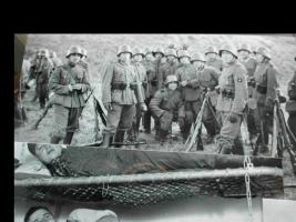 Foto 4 Weltkrieg 2: Soldatenphotos/Orig.Sterbebild