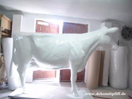 Foto 2 Wenn Du ne Deko Kuh zum selbst bemalen haben willst ja dann ruf doch mal an ...
