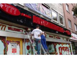 Foto 13 Werbebanner Werbeplane Bannerdruck Foliendruck 3D Plexubuchstaben mit LED Beleuchtung Leuchtbuchstaben Beleuchtete Profilbuchstaben Berlin Leuchtkästen Leuchtschilder Werbeschilder