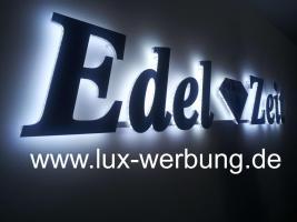 Werbeschilder mit LED Beleuchtung Leuchtschilder Leuchtkästen Werbekästen Leuchtbuchstaben 3D Plexibuchstaben mit LED Außenwerbung