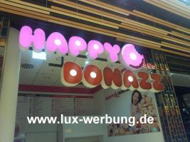 Foto 6 Werbeschilder mit LED Beleuchtung Leuchtschilder Leuchtkästen Werbekästen Leuchtbuchstaben 3D Plexibuchstaben mit LED Außenwerbung