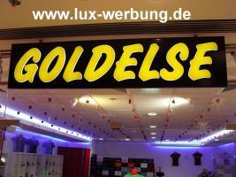 Foto 10 Werbeschilder mit LED Beleuchtung Leuchtschilder Leuchtkästen Werbekästen Leuchtbuchstaben 3D Plexibuchstaben mit LED Außenwerbung