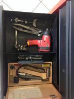 Foto 2 Werkzeugwagen mit Werkzeug