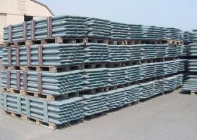 Witterungsbeständige Recyclingpfähle für Ihren Zaun