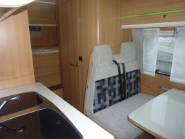Foto 7 Wohnmobil mieten - LMC 694 - Alkoven - bis 6 Personen - Reisemobilvermietung