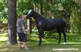 Foto 2 Worauf willst Du warten einfach bestellen das Deko Pferd lebensgross ...