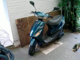 Yamaha Axis Motorroller/Mokick Viele Neuteile!! TOP !!!