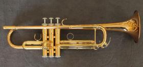 Yamaha B - Trompete YTR 4335 G II inkl. Koffer und Mundstück