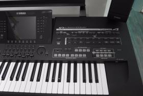 Foto 3 Yamaha Tyros 4 Black Edition 10th Anniversary TOP ZUSTAND