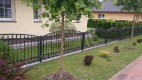Zäune, Metallzäun aus Polen Zaunanlage, Toranlage nach Maß