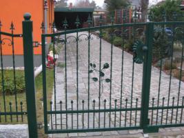 Foto 10 Zäune, Metallzäun aus Polen Zaunanlage, Toranlage nach Maß
