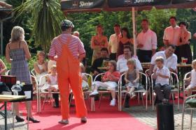 Foto 3 Zauberclown Kinderfasching Kindergeburtstag Stimmungsmusik und ein Clown