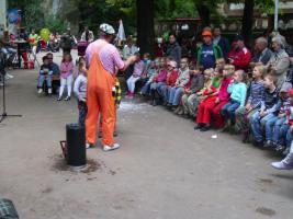 Foto 7 Zauberclown Kinderfasching Kindergeburtstag Stimmungsmusik und ein Clown