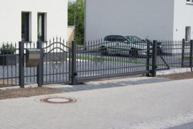Zaun aus Polen Metallzäune, Geländer , Metalltreppen
