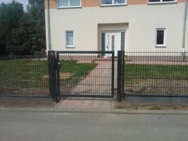 Zaun aus Polen, Doppelstabmattenzäune, Tor, Pforte, Sichschutz, Zaunanlage aus Polen