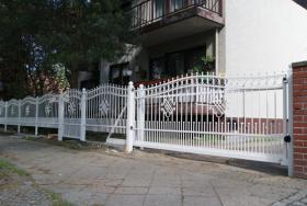 Foto 4 Zaun aus Polen, Doppelstabmattenzäune, Tor, Pforte, Sichschutz, Zaunanlage aus Polen