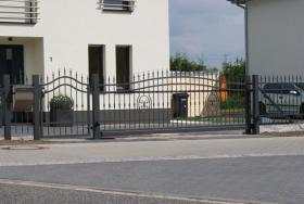 Foto 5 Zaun aus Polen, Doppelstabmattenzäune, Tor, Pforte, Sichschutz, Zaunanlage aus Polen
