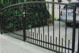 Zaun aus Polen, schmiedeeiserne Zäune aus Polen - günstig
