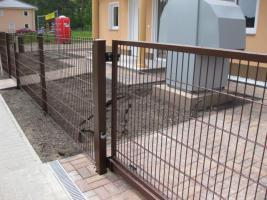 Foto 2 Zaun aus polen, Metallzaune, TORANLAGE Schmiedeeisenzaune