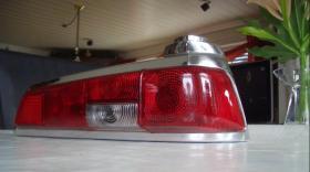 Foto 2 Zwei Heckleuchten Mercedes W 110/W111 ungebraucht