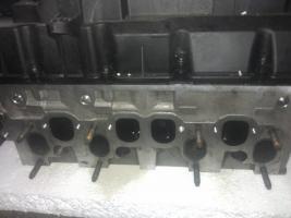 Foto 2 Zylinderkopf VW CADDY 1,9 TDI BLS motor