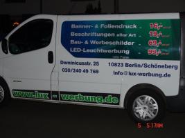 Foto 2 ab 12 €/m² Beschriftung Autobeschriftung Fahrzeugbeschriftung Fensterbeschriftung Folienbeschriftung Foliendruck Folienplott Folienschrift Berlin