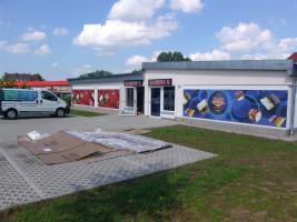 Foto 12 ab 12 €/m² Beschriftungen Folienbeschriftungen Fensterbeschriftungen Foliendruck Folienplott KFZ Beschriftung Autobeschriftung Berlin