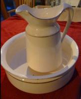 antike Waschschüssel mit Kanne von Villeroy und Boch