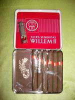 antike Zigarrenschachtel mit 6 Zigarren u. Zigarrenabschneider
