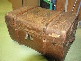 antiker Koffer für 45 Euro zu verkaufen