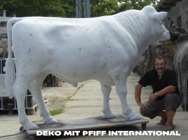 Foto 3 es ist doch ganz einfach du willst den grossen deko bullen und dazu die grosse deko kuh ja dann ruf an und bestell ...