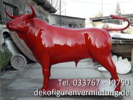 Foto 3 frag nicht immer ... sondern kauf dir ein deko pferd oder ne deko kuh oder einen deko stier lebensgroß ...