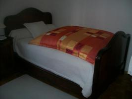 franz sisches altes bett in m nchen bett antik m bel antiquarische m bel. Black Bedroom Furniture Sets. Home Design Ideas