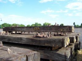 gebrauchte Bahnschwellen und Schienen zu verkaufen