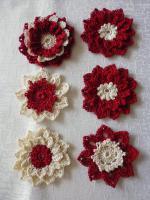 gehäkelte Blüten