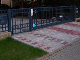 Foto 2 geschmiedete Geländer und Zäune, Doppelstabmatten aus Polen, Zaune