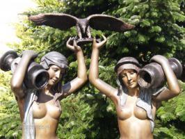Foto 2 große Bronzeskulptur ''Brunnen mit Kindern'' englische Gießerei