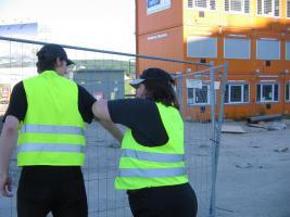 homberg efze Rossmann Detektivin angegriffen , Helfer mit Messer verletzt