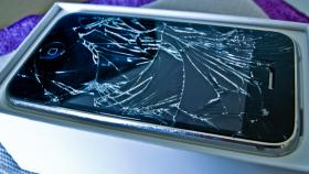 Foto 3 iPhone 4/4S Display*Glas Reparatur*Austausch Bonn EXPRESS 20MIN!