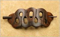 Foto 2 keltische Haarspangen  aus Holz Haarschmuck