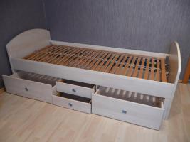 Foto 4 komplettes Jugendzimmer Bett, Eckkleiderschrank, Schreibtisch, Anbauwand