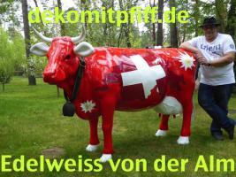Foto 4 kuh cow als deko in kitzbühel ...